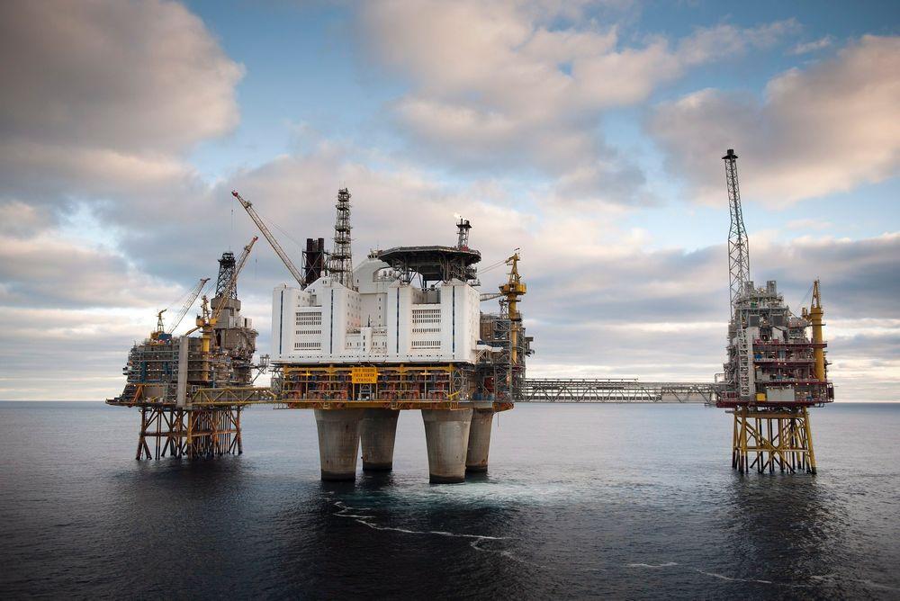 Det har blitt brudd i sokkeloppgjøret i natt. Verken Safe eller Lederne ville godta tilbudet fra Norsk olje og gass. Industri Energi har derimot blitt enige med arbeidsgiversiden. Her er sokkelen representert ved Oseberg-feltet.