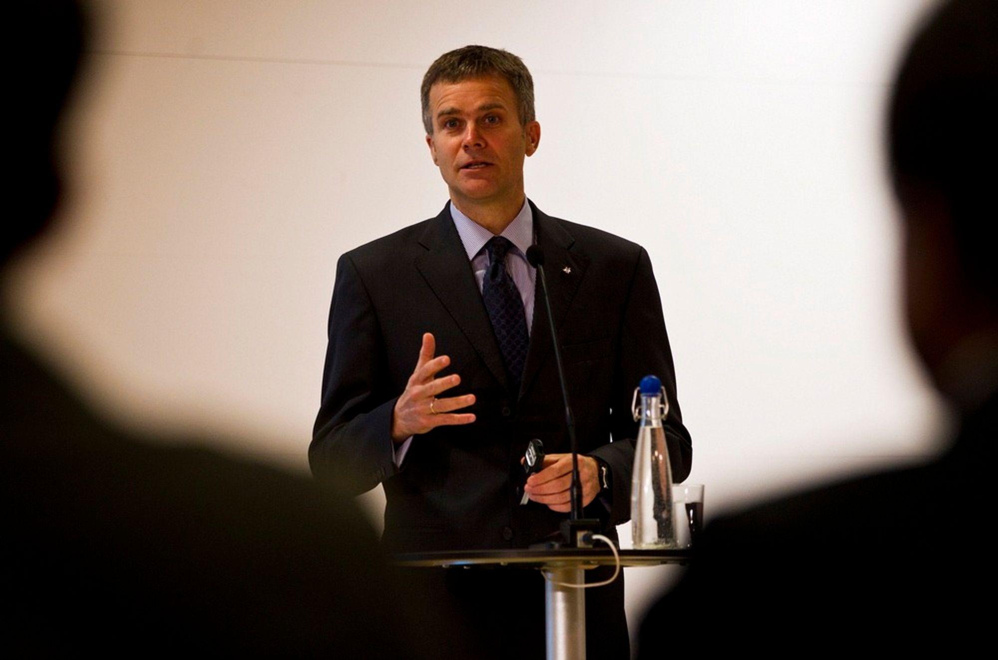 Under press: Helge Lund, konsernsjef i Statoil, utsettes for hardt press fra fagbevegelsen.