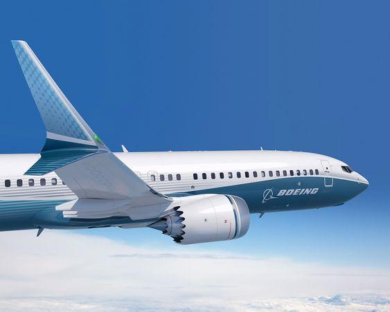 """Vingetippene kombinerer såkalt """"rake tip""""-teknologi, altså tilbakestrøkede vingetipper, med det Boeing beskriver som """"dual feather winglet""""-konsept."""