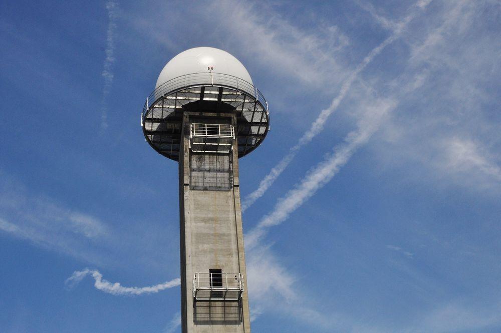 SIGNALBYGG: Radartårnet på Gardermoen skal overleveres OSL i oktober 2012.