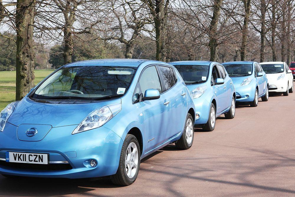 FÅREKLÆR: Elbilen blir først miljøvennlig hvis strømmen kommer fra fornybare kilder, hevder tysk professor. Her Nissan Leaf, som da blir miljøvennlig i Norge, men ikke i Tyskland.