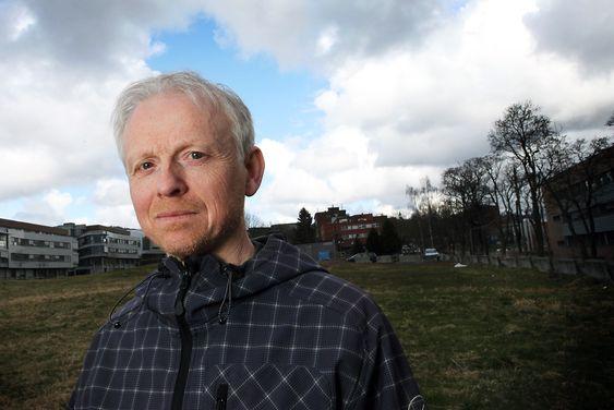 Asbjørn Torvanger er samfunnsøkonom og forsker ved Cicero. Han er kritisk til regjeringens ensidige satsing på fangst og lagring av CO2, fremfor annen klimateknologi.Foto: Caroline Drefvelin
