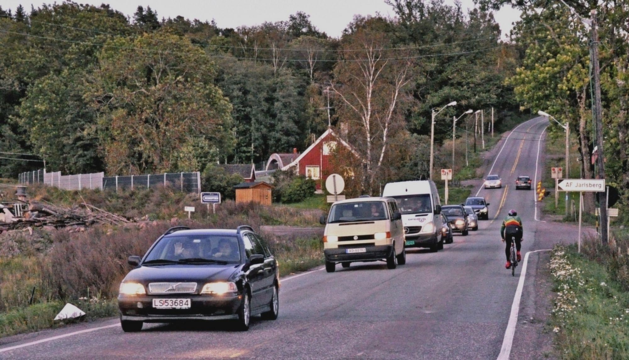 Tomsbakken på fylkesveg 35 nord for Tønsberg sentrum er en av strekningene som inngår i en driftskontrakt som berører fem kommuner i Vestfold.
