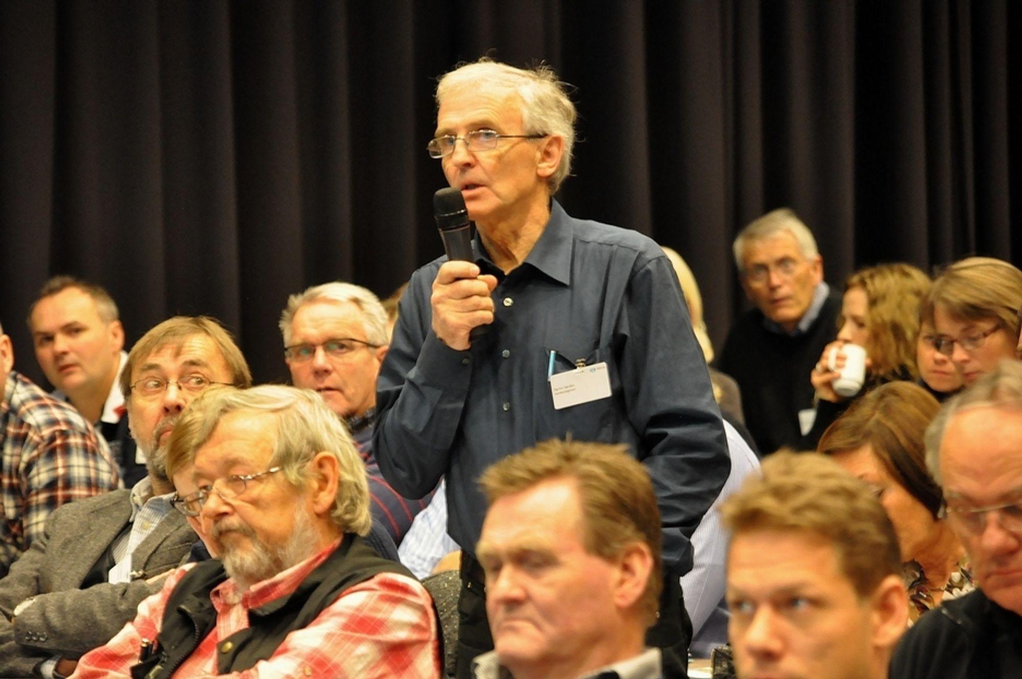 VANNBEVEGELSE: Sivilingeniør Martin Varden, medlem av Vannbevegelsen, sier det er er fare for at vannet snikprivatiseres.
