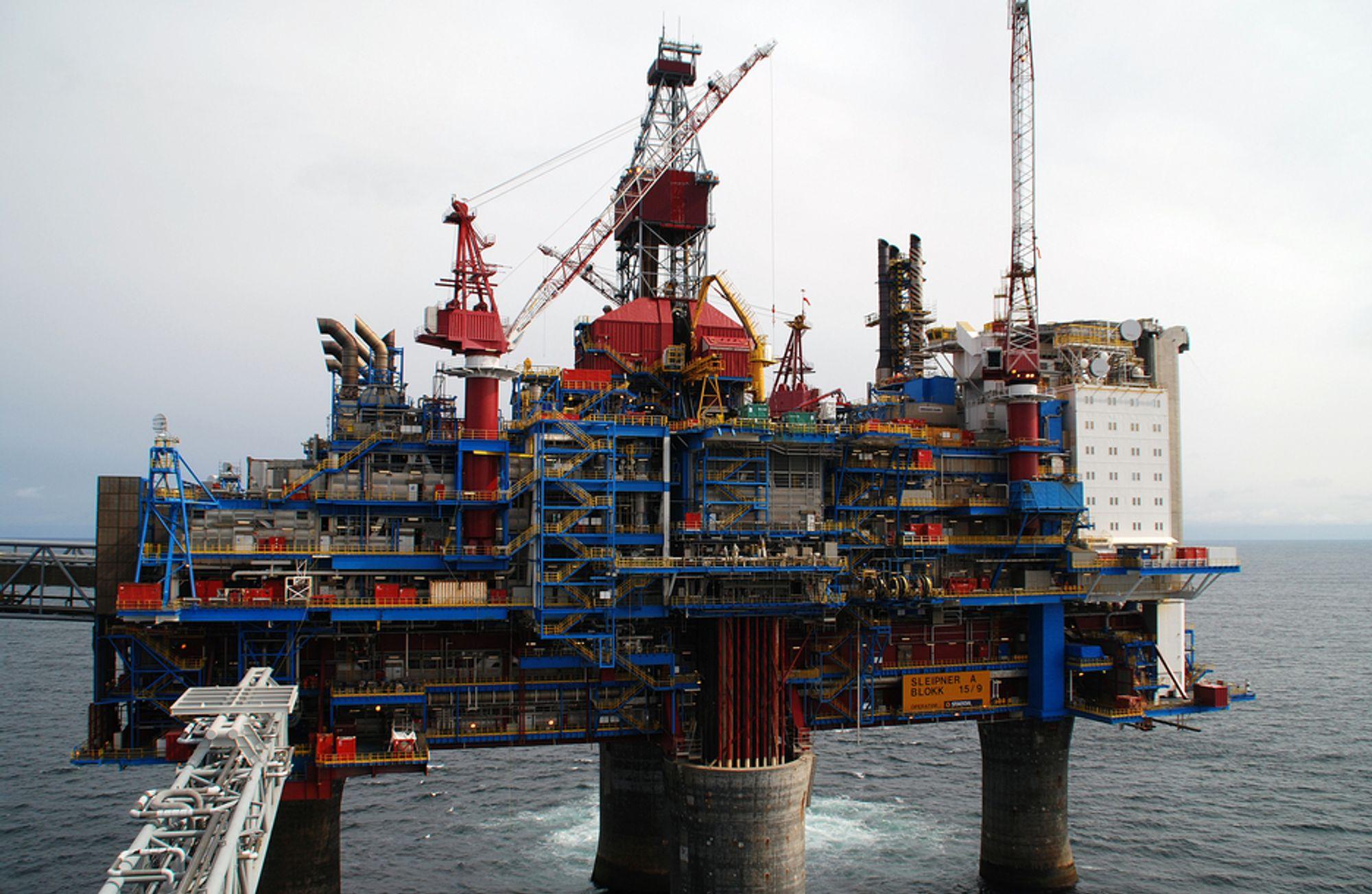 LEKKASJE: 228 personer måtte til livbåtene på Sleipner A etter en gasslekkasje natt til i dag.