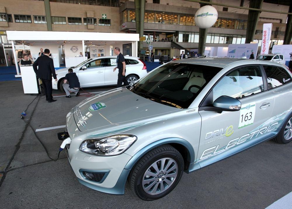 Volvo C30 Electric skal settes i småskalaproduksjon i år. Nå skal bilen brukes som testbed for ny Siemens-teknologi.