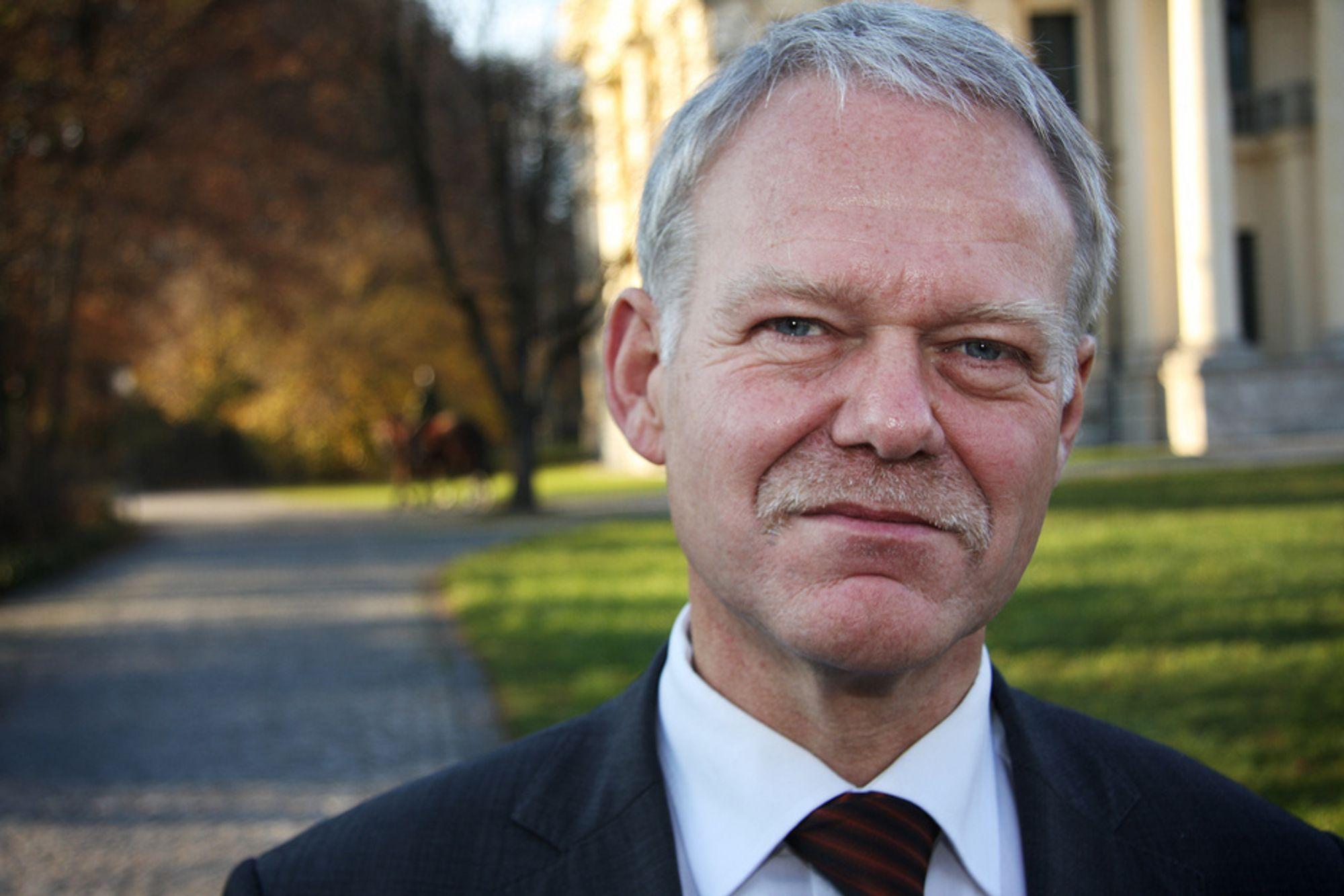 STORT VEIBEHOV: Karl Wiebel i det tyske samferdselsdepartementet.