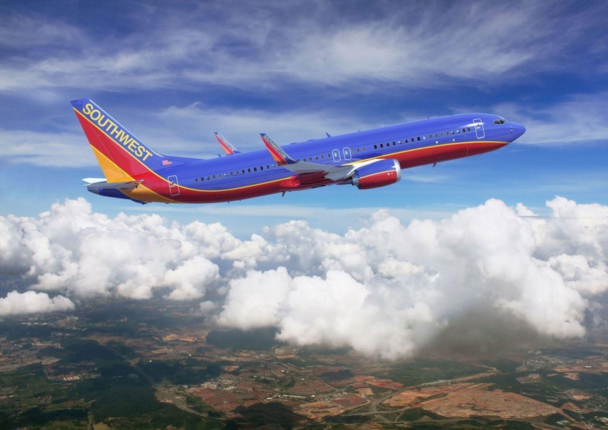 Første Boeing 737 Max får de umiskjennelige Southwest-fargene.