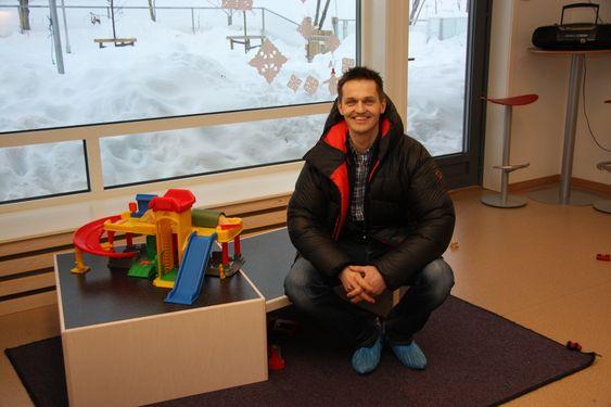 ENKLE MIDLER: Sigbjørn Faanes mener det er mye å hente med enkle midler.  Trondheim kommune har ikke bygd en så billig barnehage på ti år, regnet i pris per kvadratmeter, hevder han.
