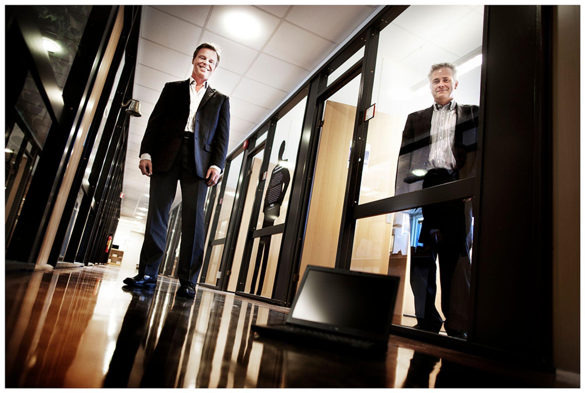 TENK NYTT:Administrerende direktør Eirik Pedersen (t.v) og  produktsjef Svein Thon i Proact mener vi må tenke helt nytt på måten vi lagrer data. Ellers drukner vi i kostnader og kompleksitet.