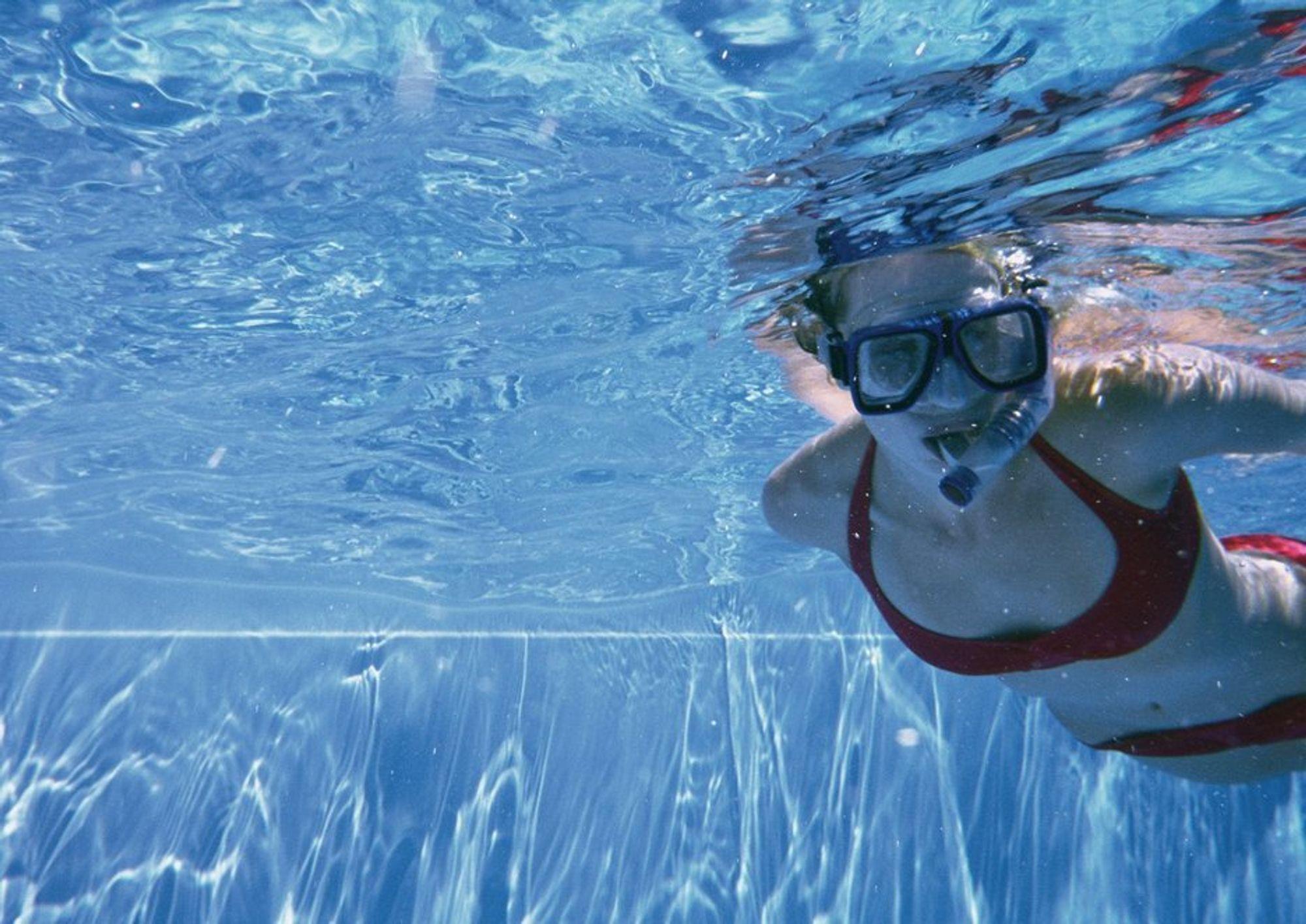 SPARER PENGER: Overskuddsvarme fra det lokale krematoriet kan varme opp et svømmebasseng i Redditch. Da sparer de lokale myndighetene 130.000 kroner i strømutgifter. Forslaget møtes med noe skepsis.