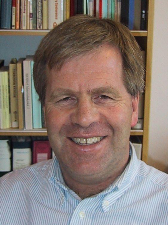 ØNSKER FLERE: NTNUs Roy Johansen sier de gjerne utvider samarbeidet med andre bedrifter for å få enda flere PhD-studenter i jobb. Foto: Privat
