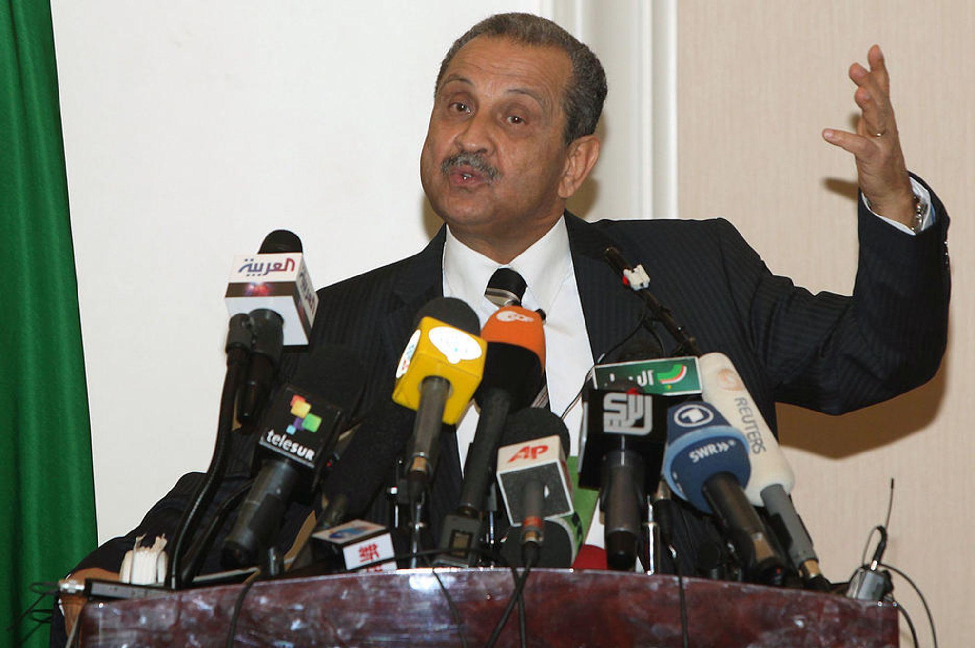 HARDE MIDLER: Libyas oljeminister Shukri Ghanem vil gi kontrakter til nye operatører utenom anbudsrunde dersom ikke vestlige selskaper umiddelbart kommer tilbake og øker oljeproduksjonen.