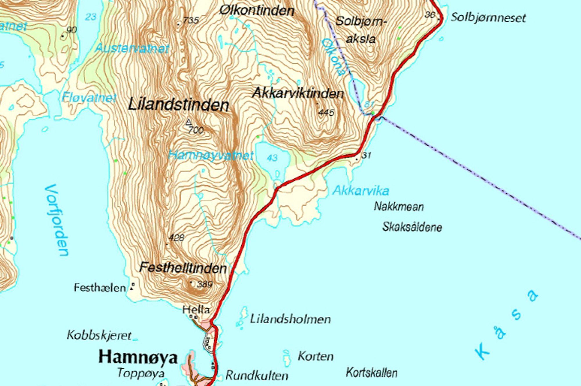 Tunnelen som er ute på anbud nå, skal gå nordover fra Hamnøya nederst på kartet. I løpet av 2014 skal hele E 10-strekningen fra Hamnøya til Solbjørnneset oppe til venstre være sikret mot ras. Ill.: Statens vegvesen
