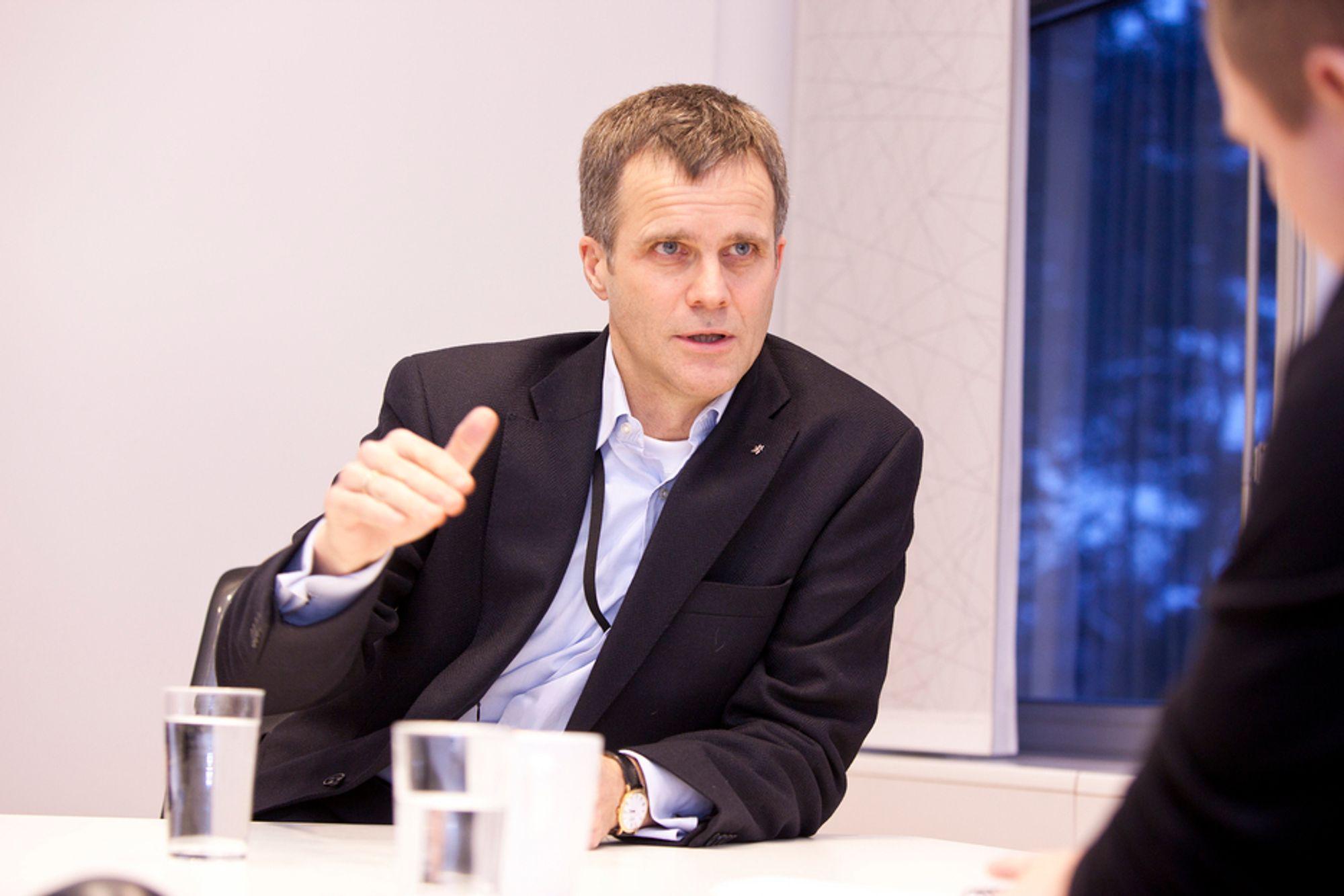 Statoil kommer til å investere i alle lønnsomme prosjekter her hjemme, sier Statoil-sjef Helge Lund i et eksklusivt intervju med Teknisk Ukeblad.