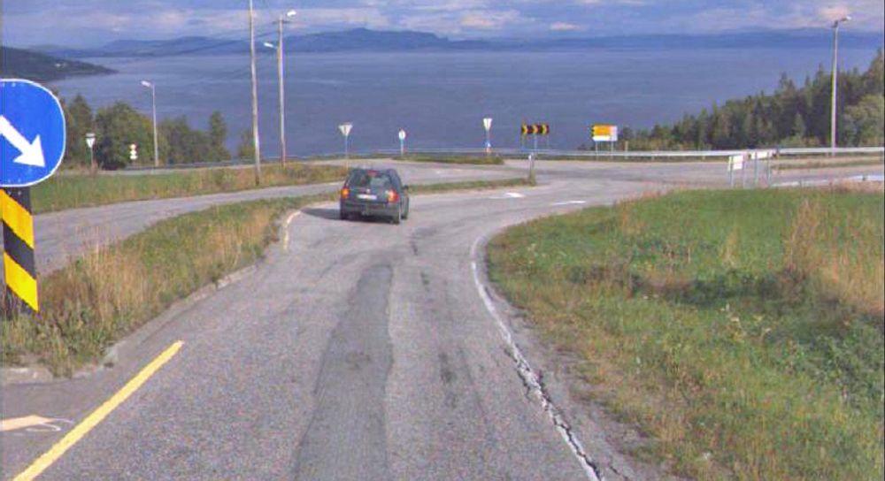Krysset der fylkesveg 715 møter fylkesveg 755 er en del av utbedringa i dette prosjektet.