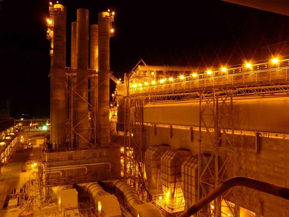 FJERNER FLUOR: Abu Dhabi aluminiumsverk med Alstom-teknologi for å fjerne fluor fra smelteverkets avgasser.