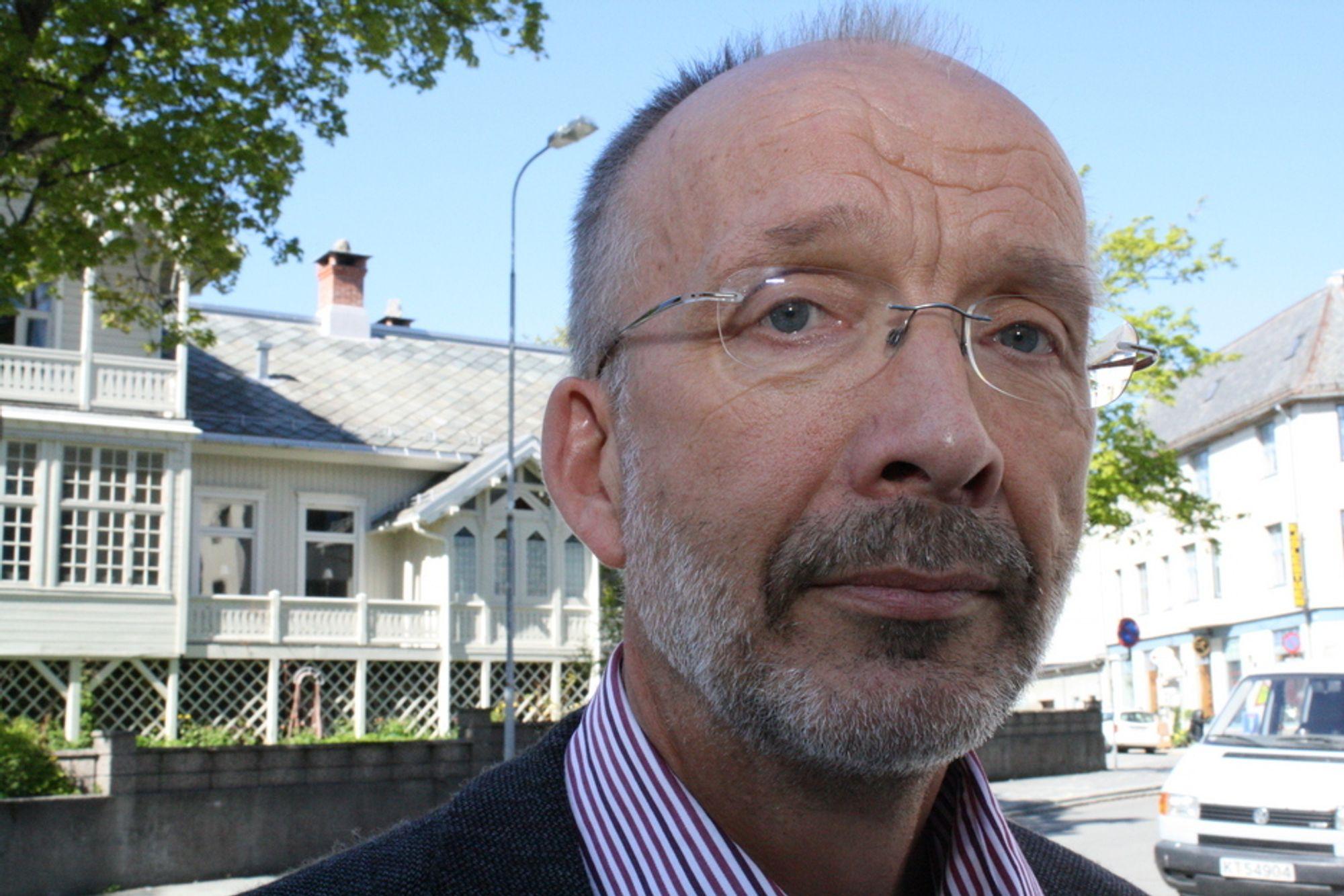 OPPGITT OVER BELLONA: Fagsjef Egil Dragsund i OLF.