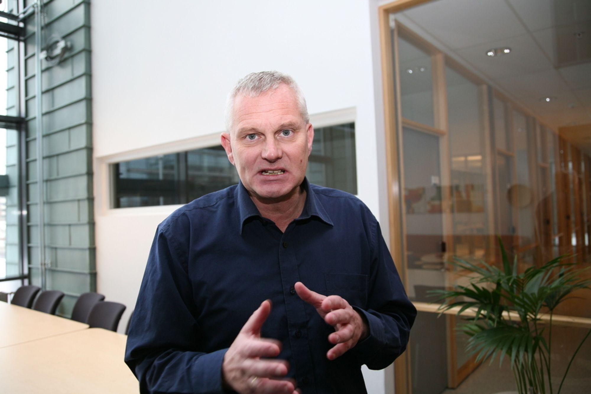 KRITISK: Karakterer til ansatte er noe Statoil og andre selskaper har adoptert fra konsulentbransjen, mener Bård Kuvaas.