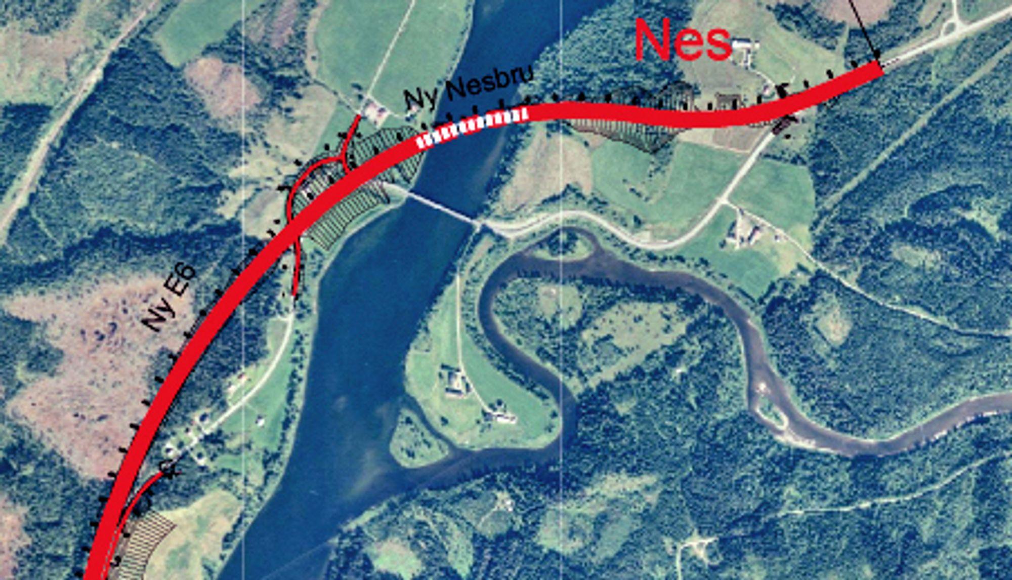 Den nye Nesbrua er markert med stiplet linje ovenfor den gamle. De som vil bygge den, må gi anbud innen 1. desember. Ill.: Statens vegvesen
