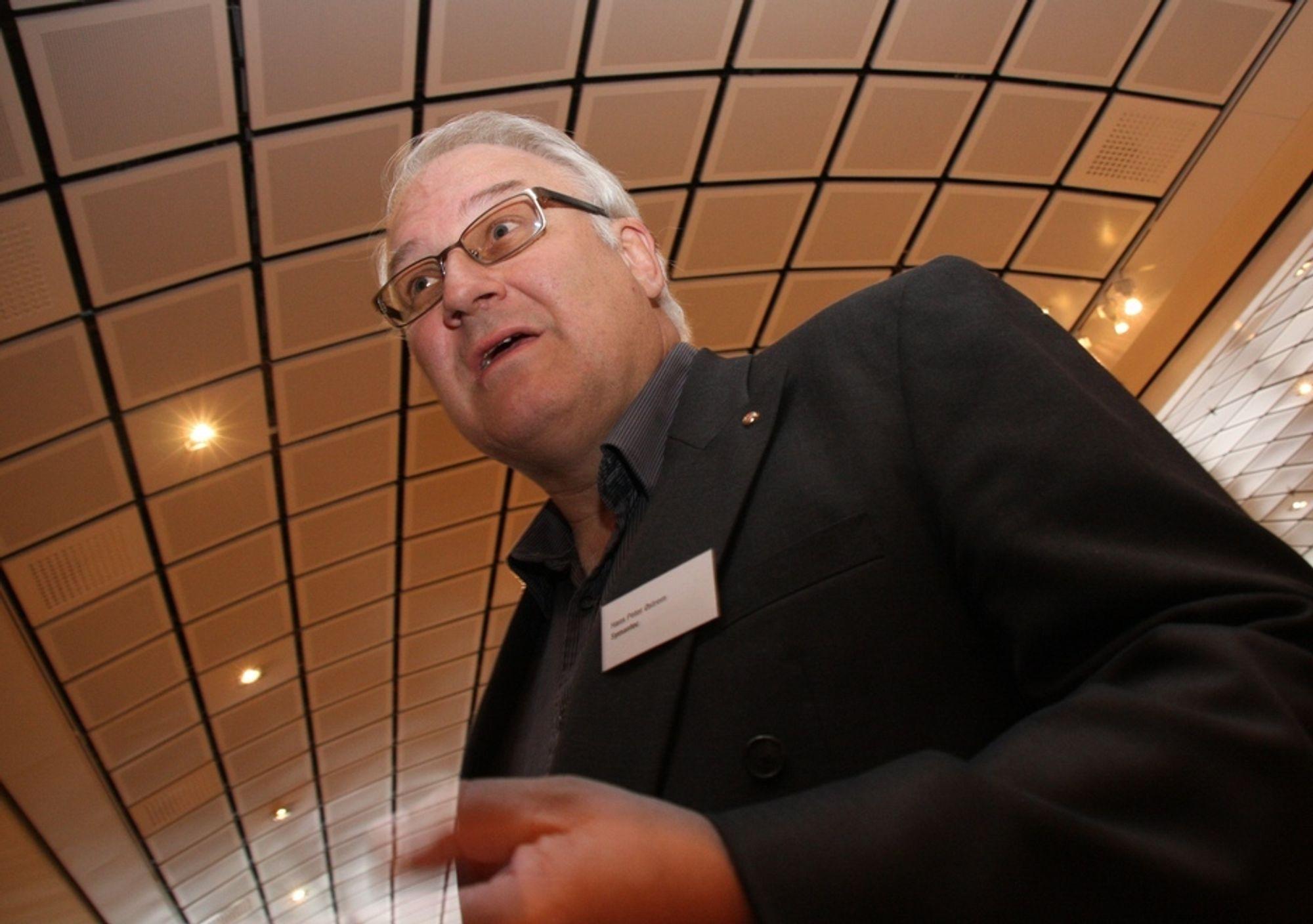 NUMMER ÉN: Flere bedrifter har som viktigste it-prioritet å sikre konfidensiell informasjon, sier Symantecs Hans Peter Østrem.
