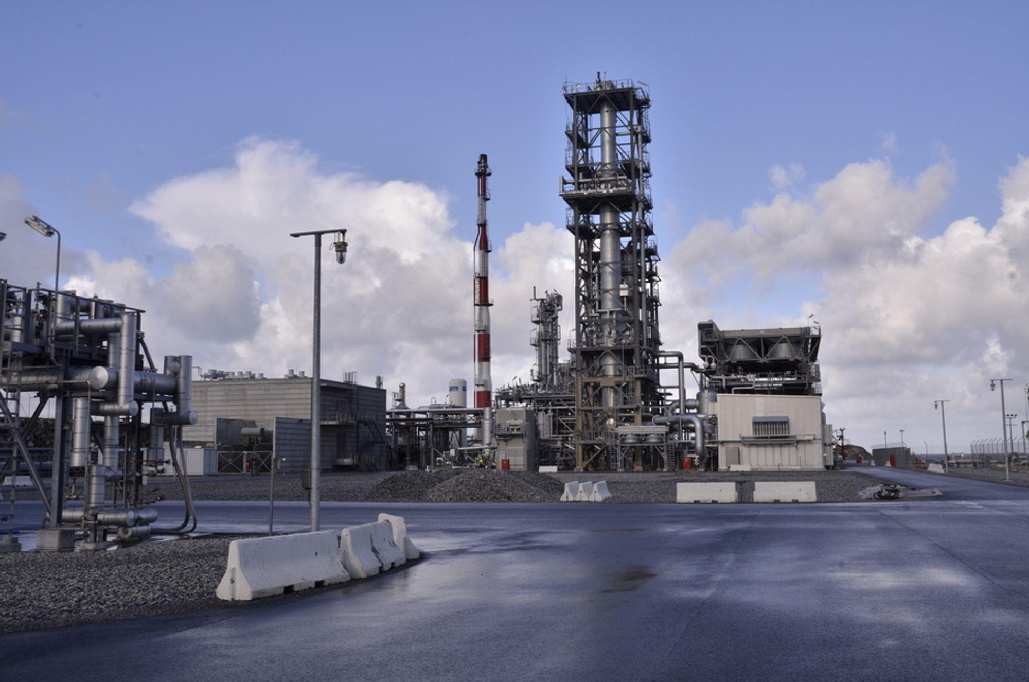 STILLEGÅENDE: Selv på en avstand på under 100 meter er LNG-fabrikken i Risavika tilnærmet lik støyfri. Den slipper heller ikke ut gass, og er luktfri. Det er viktig siden fabrikken kun ligger en kilometer unna bebyggelsen i Tananger.