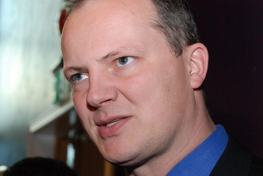 MOTSTRIDIG: - Skal vi ha mer olje- og gassproduksjon eller mindre? Skal vi bruke mer gass i Norge eller ikke, spør Ketil Solvik-Olsen, som mener statsrådenes uttalelser er motstridende.