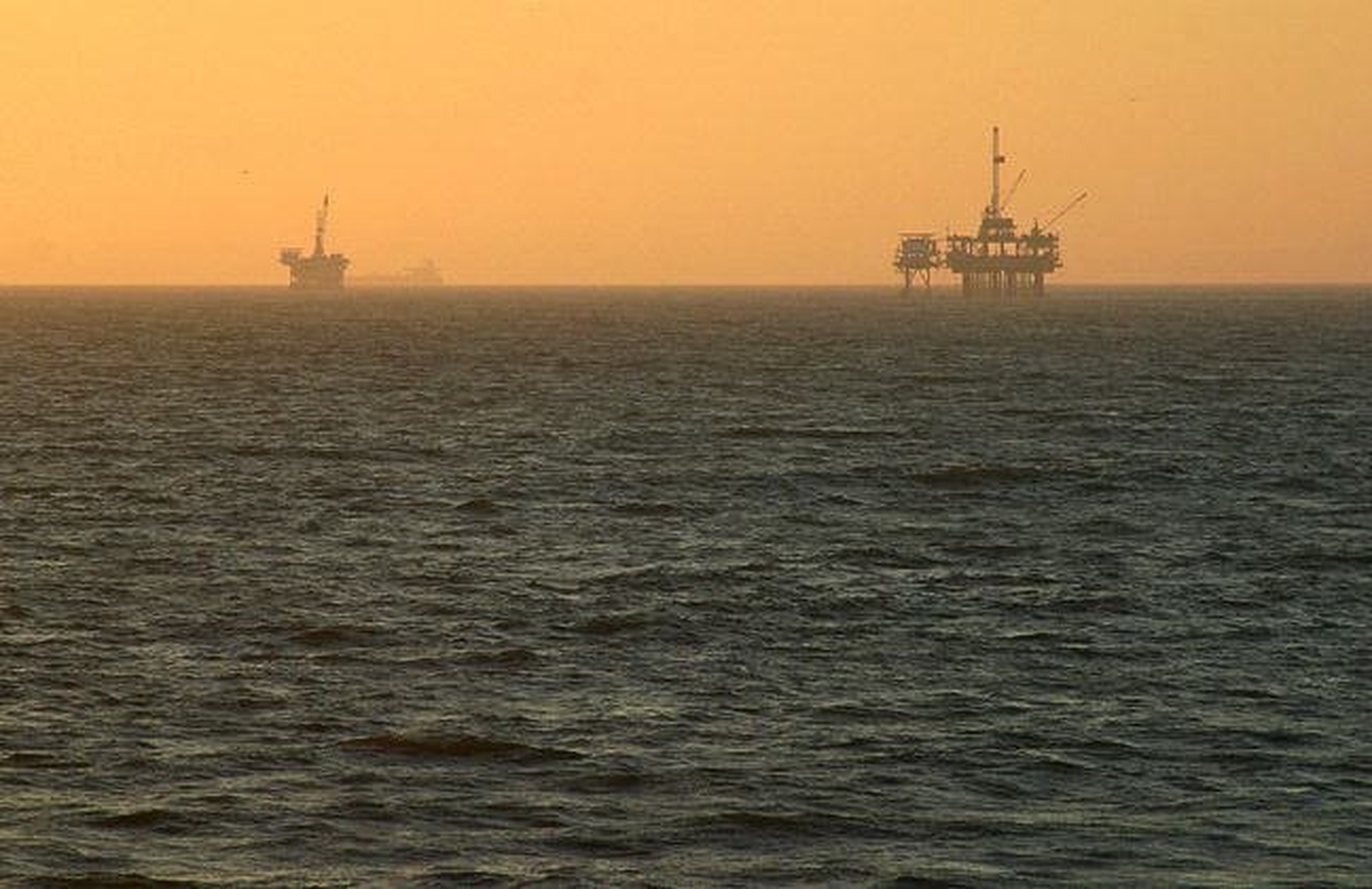 Statoil og ExxonMobil skal samarbeide i tre lisenser på færøysk sokkel.