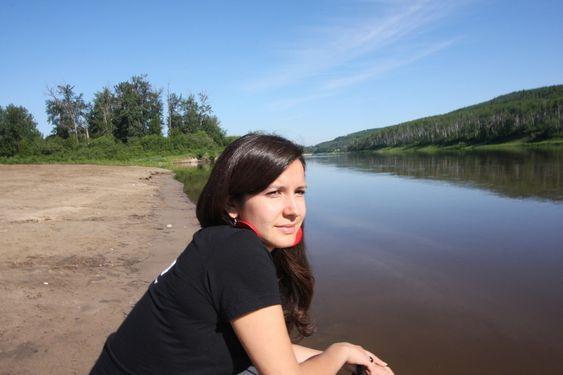 Myndighetene og oljeselskapene gir blaffen i oss, sier Cree-indianer og Greenpeace-aktivist Melina Mewapun Laboucan-Massimo.