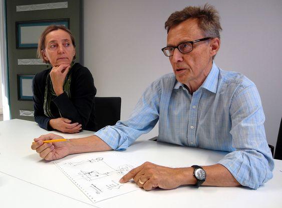 For å kunne beskrive utfordringene ved dagens mattesystem på skoler har både Jarkko Hautamäki brukt papir og blyant. Hautamäki tegnet bruddet mellom nivå i mattekunnskapene hos elever på ungdomsskole og videregående som han mener er årsaken til at færre klarer å ta ingeniørstudier.