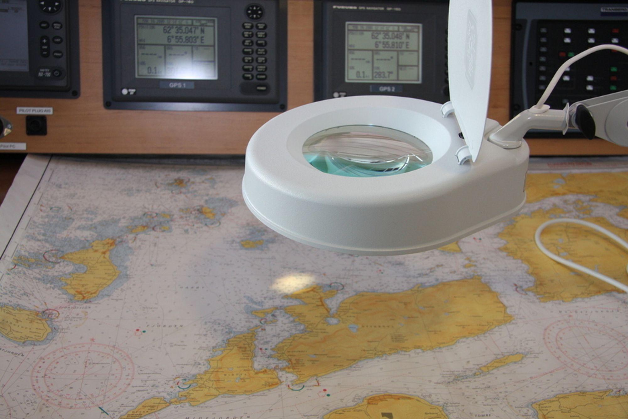 KURS: Sikker navigasjon forutsetter gode kart og sikker kommunikasjon.