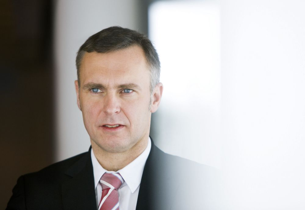 Konsernsjef Sven Ombudstvedt i Norske Skog bokfører et bruttoresultat på 296 millioner kroner i første kvartal.