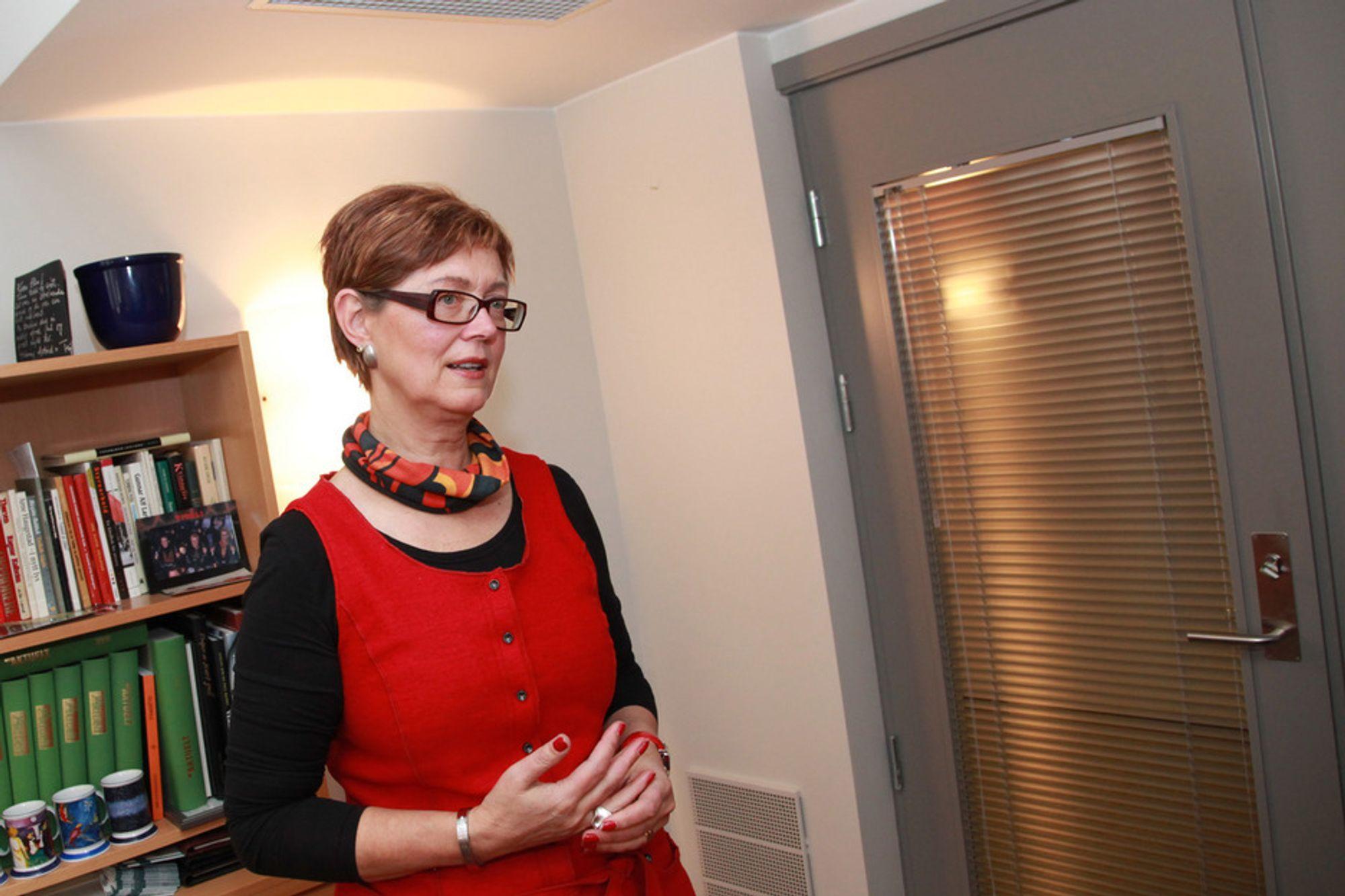 KRITIKK: Ellen Stensrud er lite tilfreds med situasjonen.