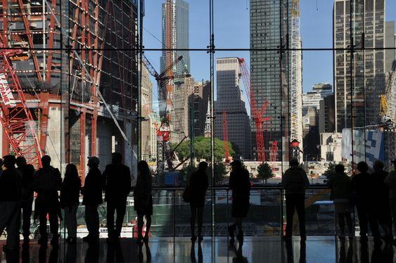World Trade Center bygges.