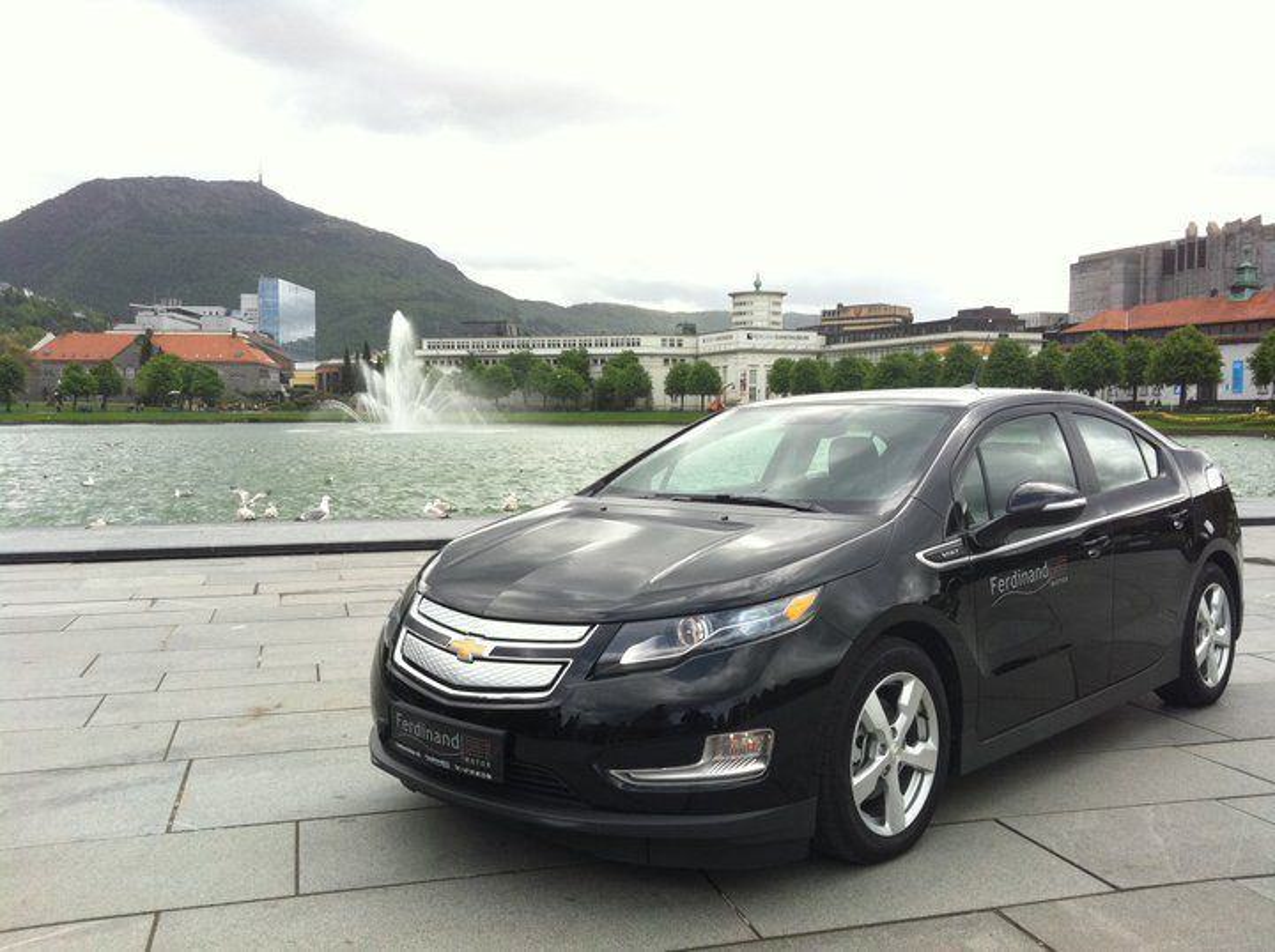 Den nylig importerte Chevrolet Volt stiller til start i plug-in-hybridklassa i årets Zero rally.