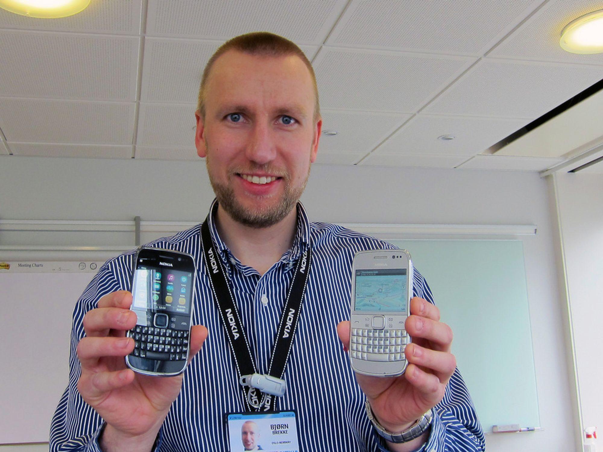 TILBAKE I RACET:Produktsjef i Nokia, Bjørn Brekke, viser frem en svært oppgradert utgave av Nokias storselger, E6