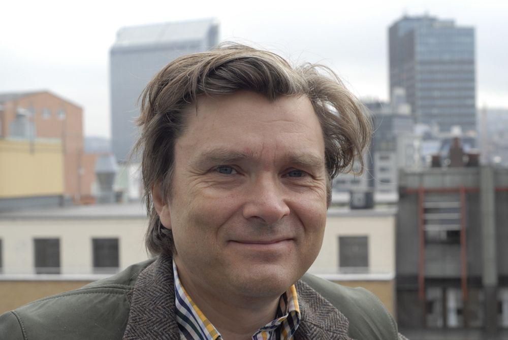 FORNØYD: Administrerende direktør Øyvind Isachsen i Norsk vindkraftforening er svært fornøyd med at energiministeren i dag sendte over lovforslaget om elsertifikater til Stortinget.