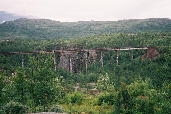 Norddalsbrua Ofotbanen erstattet av ny parsell i 1988
