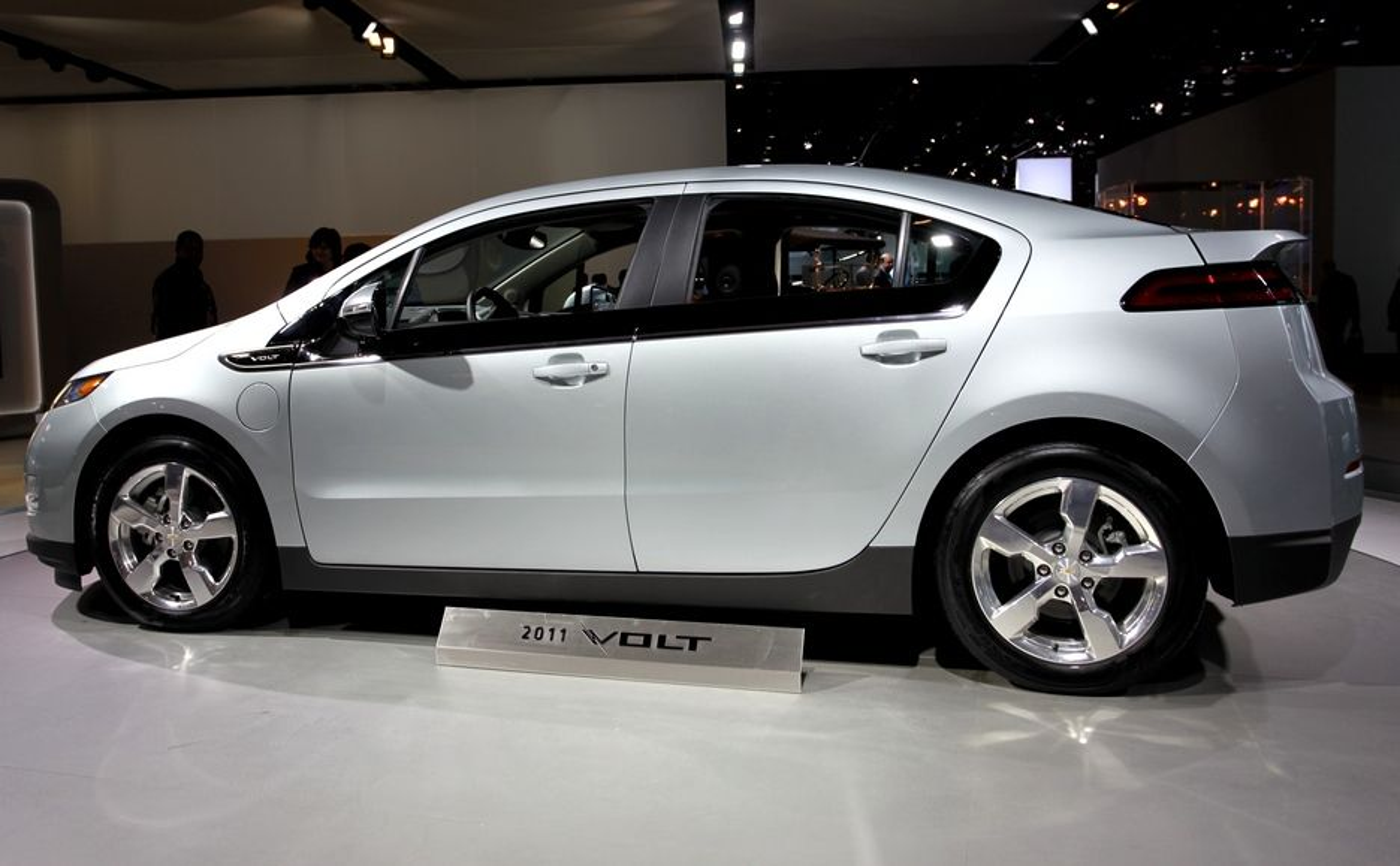 Plug-in-hybriden Chevy Volt ble kåret til årets bil i Nord-Amerika i konkurranse med blant annet elbilen Nissan Leaf som fikk den hedersbetegnelsen i Europa.