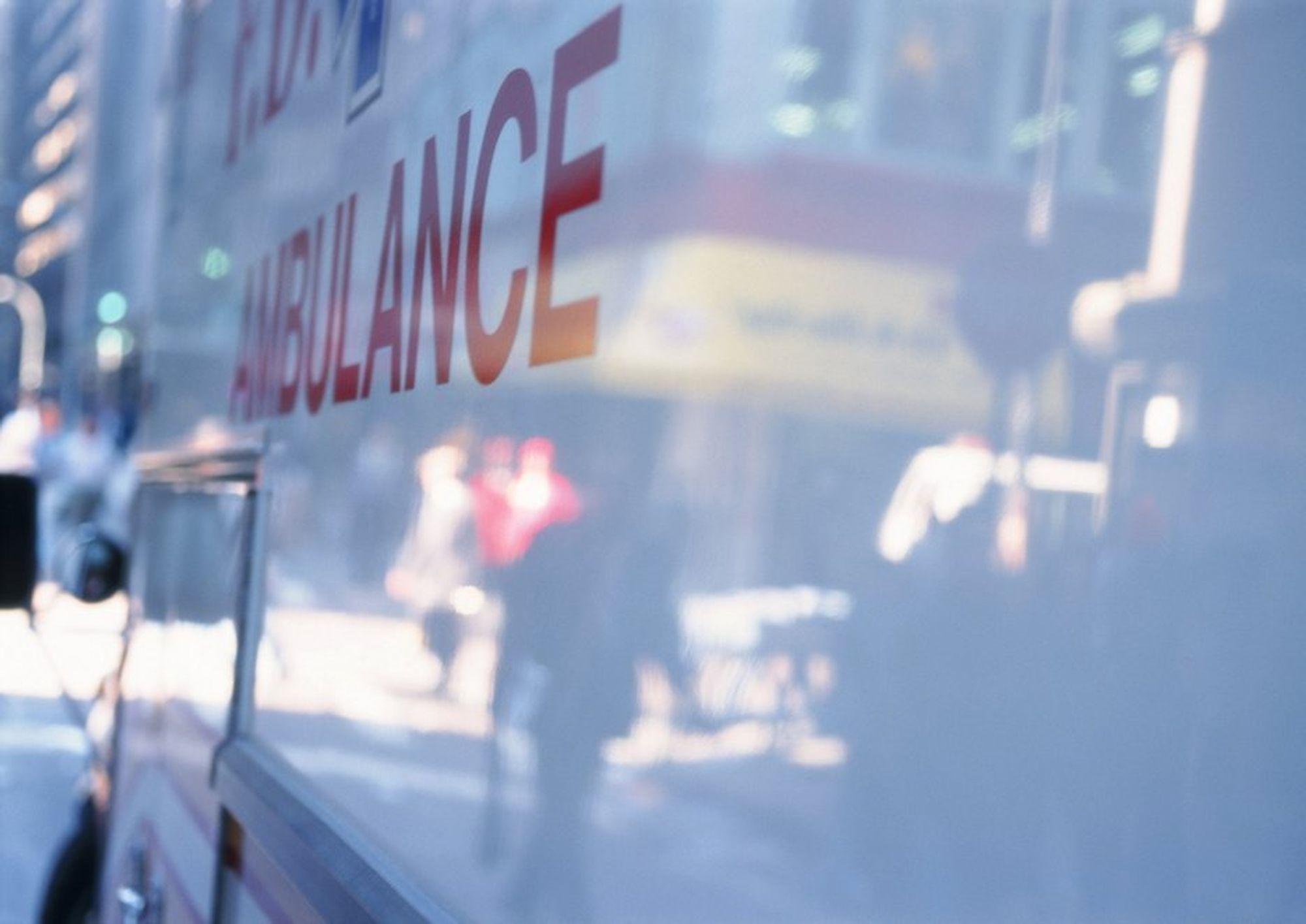 En ansatt i en Hydro-underleverandør døde som følge av elektrisk støt.