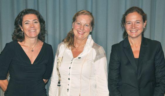 (f.v.) Kristin Skogen Lund (leder av enheten Digital Services), Berit Svendsen (leder av Telenor Norge) og Hilde Tonne (leder av Group Industrial Development)
