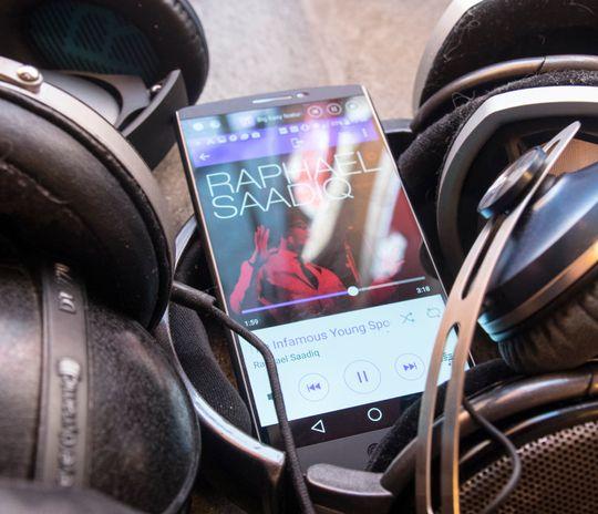 LG V10 fungerer utmerket, nesten samme hva slags hodetelefoner du kobler den til.