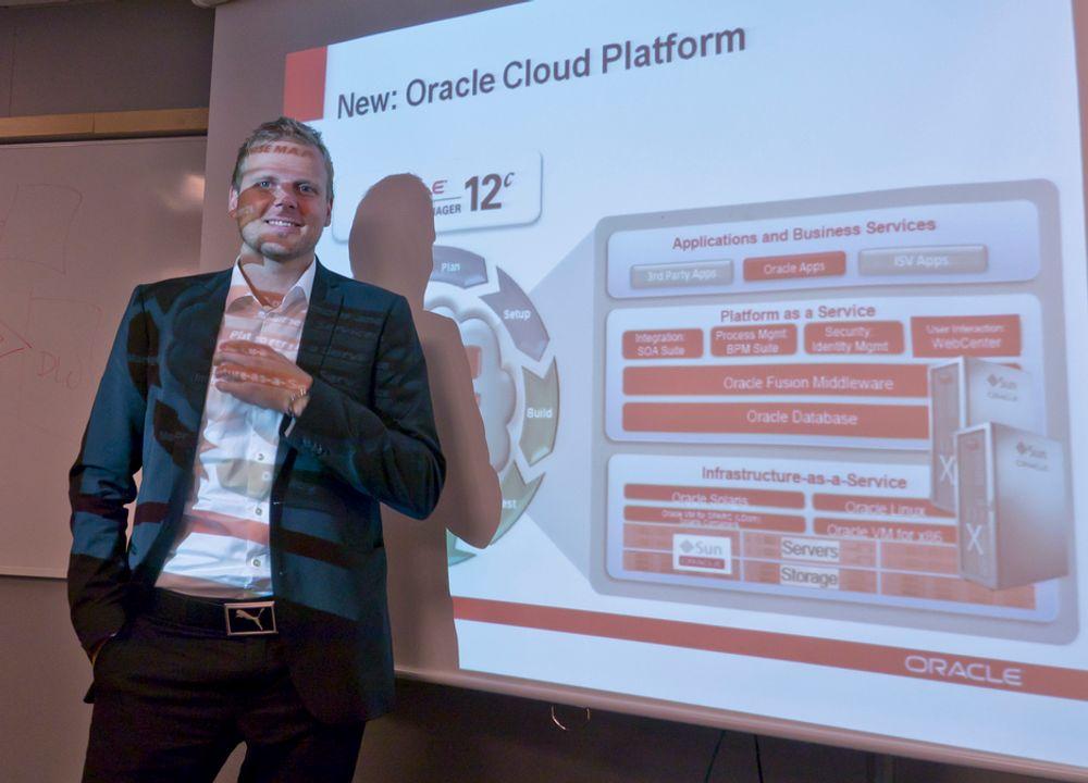 TIL VÆRS: Adm. direktør i Oracle Norge, Tore Bjelland, tror mange bedrifter vil benytte Oracles applikasjoner i nettskyen.