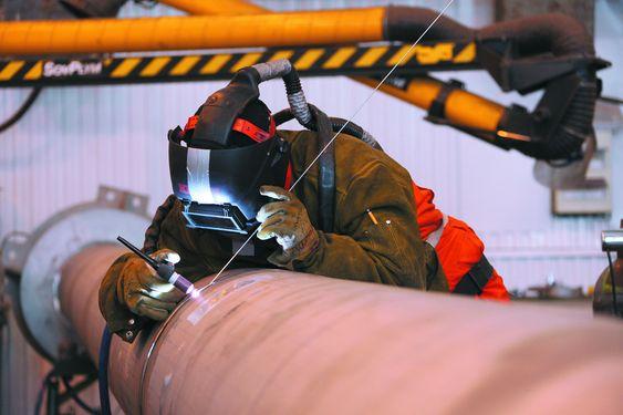 KVALITET: Sveising av rustfrie materialer krever spesialkompetanse. Lokale leverandører leverte svært god kvalitet.