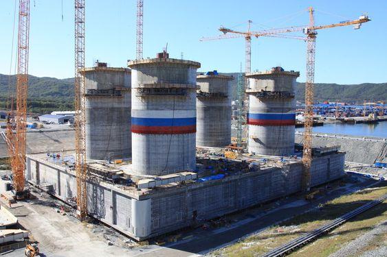 SISTE STØP: Første betong ble helt i forskalingen våren 2010. Siste støp ble foretatt i midten av september. Mekanisk ferdigstilling av de fire skaftene gjenstår.