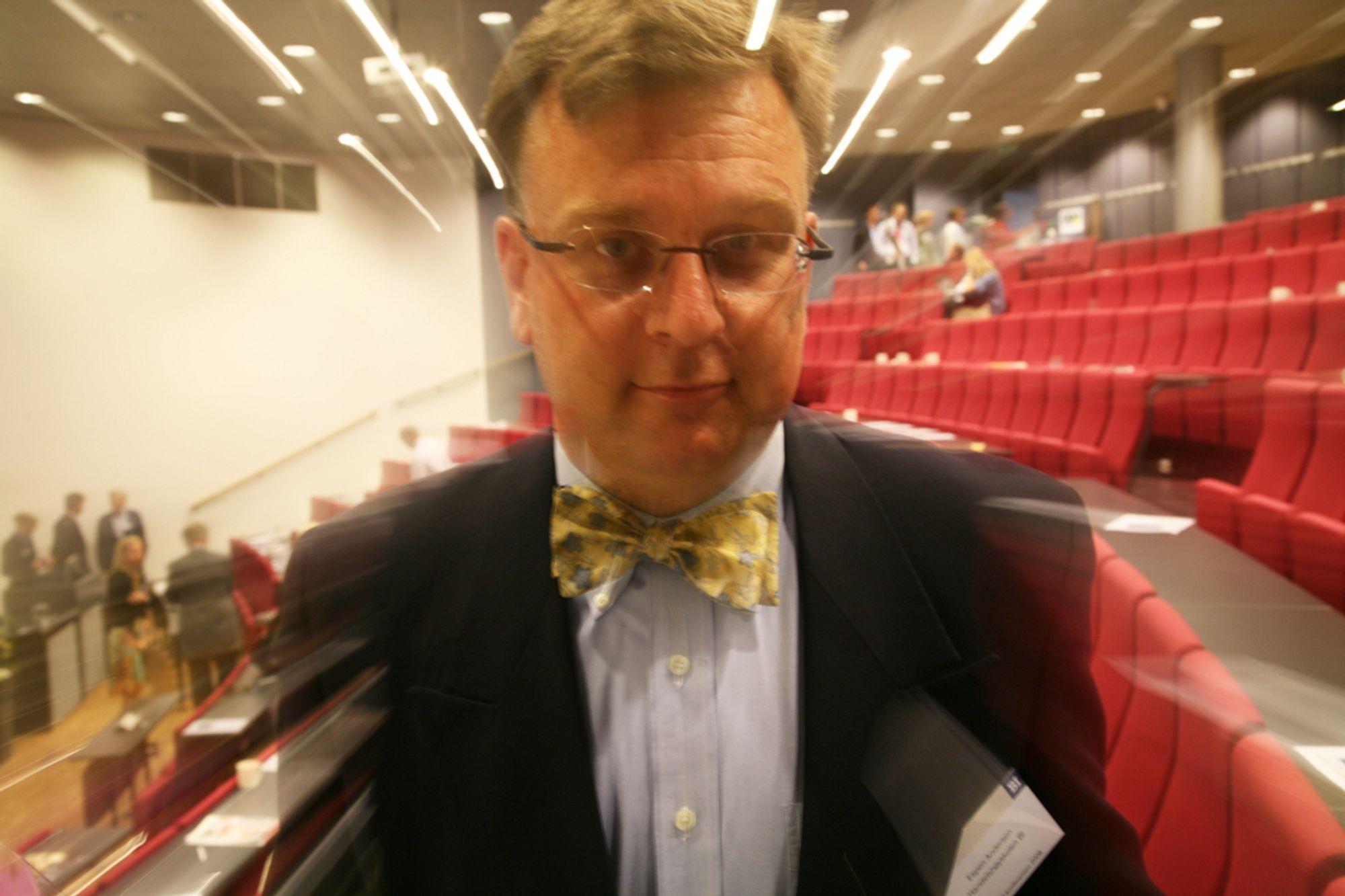 ULIKT: Ingeniører liker ikke lange møter, ifølge Espen Andersen.