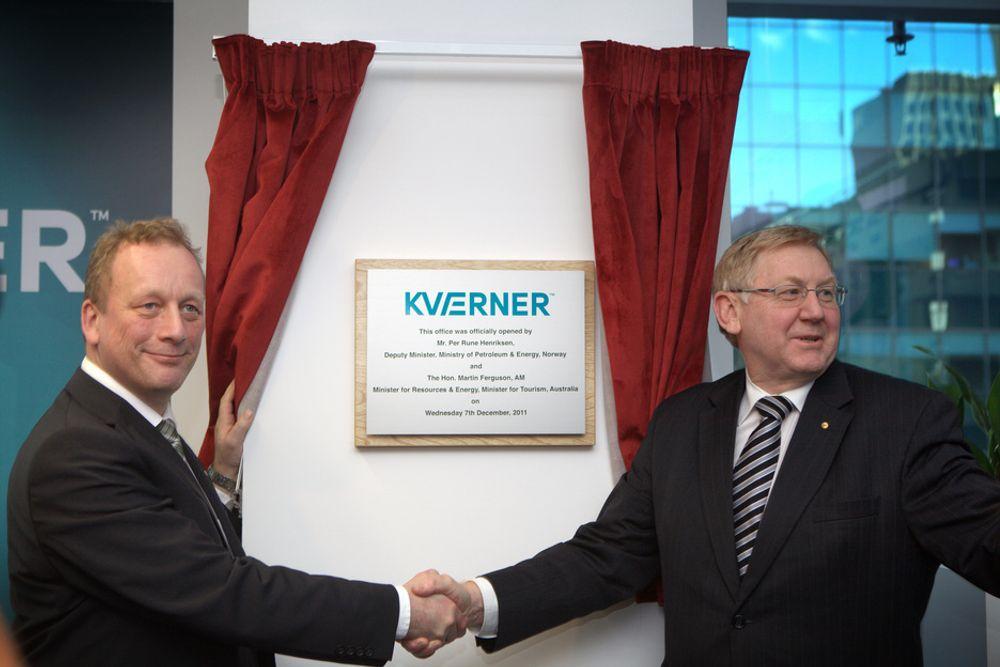 Statssekretær Per Rune Henriksen og Australias ressurs- og energiminister Martin Ferguson stod for åpningen av det nye Kværner-kontoret i Perth.