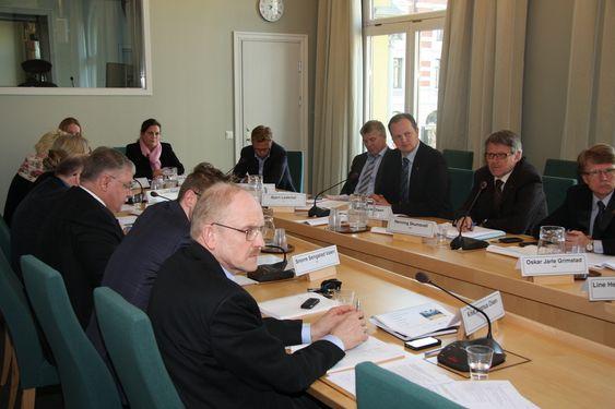 Høring på Stortinget om stortingsmelding nummer 10 om oppdatering av forvaltningsplanen for Barentshavet og havområdene utenfor Lofoten 11. april 2011.