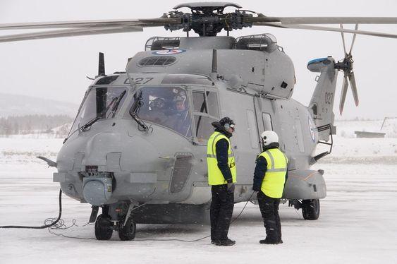 NH90 er den eneste redningshelikopterkandidaten som kun finnes med militær sertifisering og dermed kun kan registreres militært.