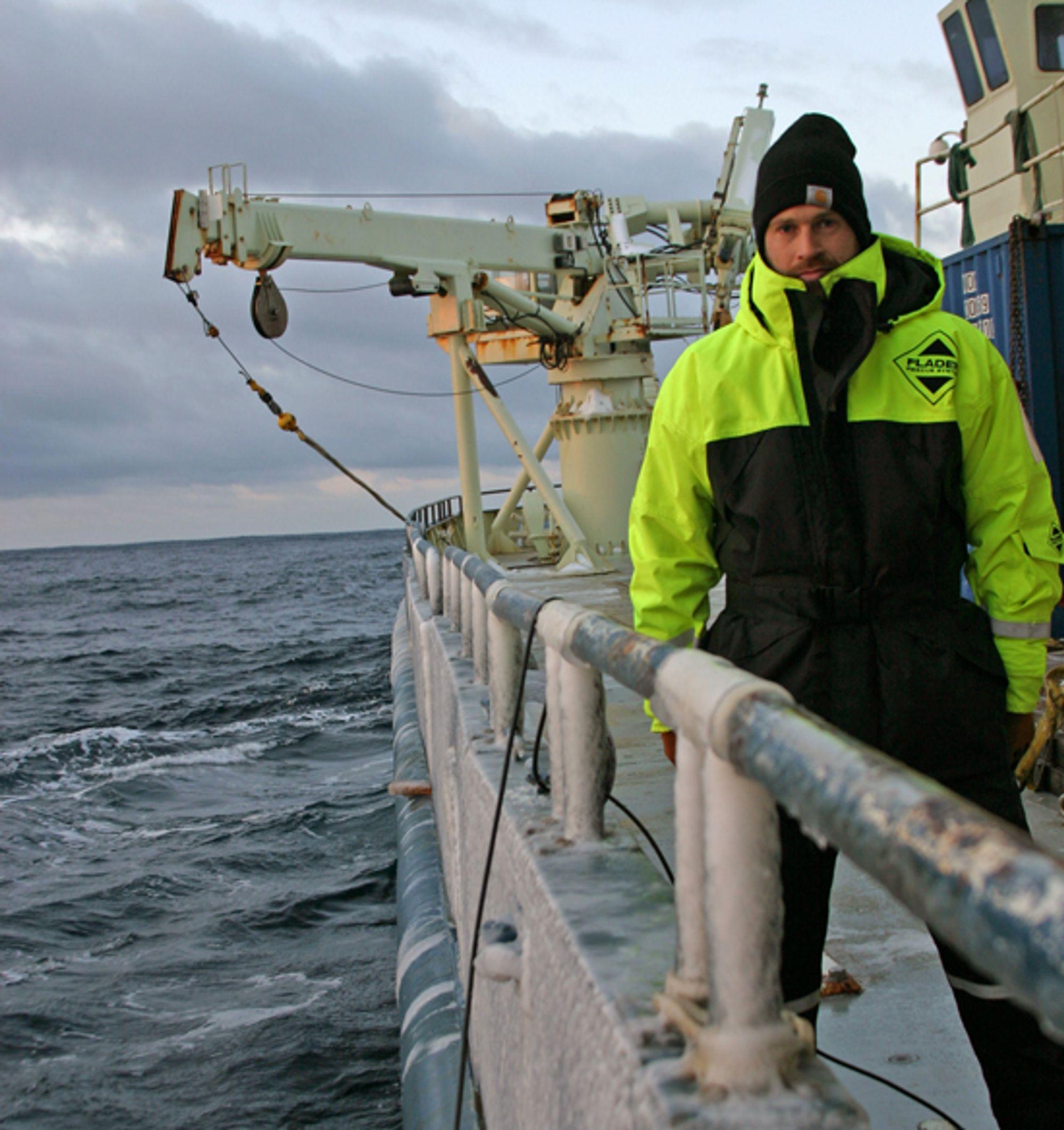 PÅ FORSKNINGSTOKT: Dr. Kjetil Va°ge er blant deltakerne i den seneste ekspedisjonen som skal undersøke Nordislandsjeten.